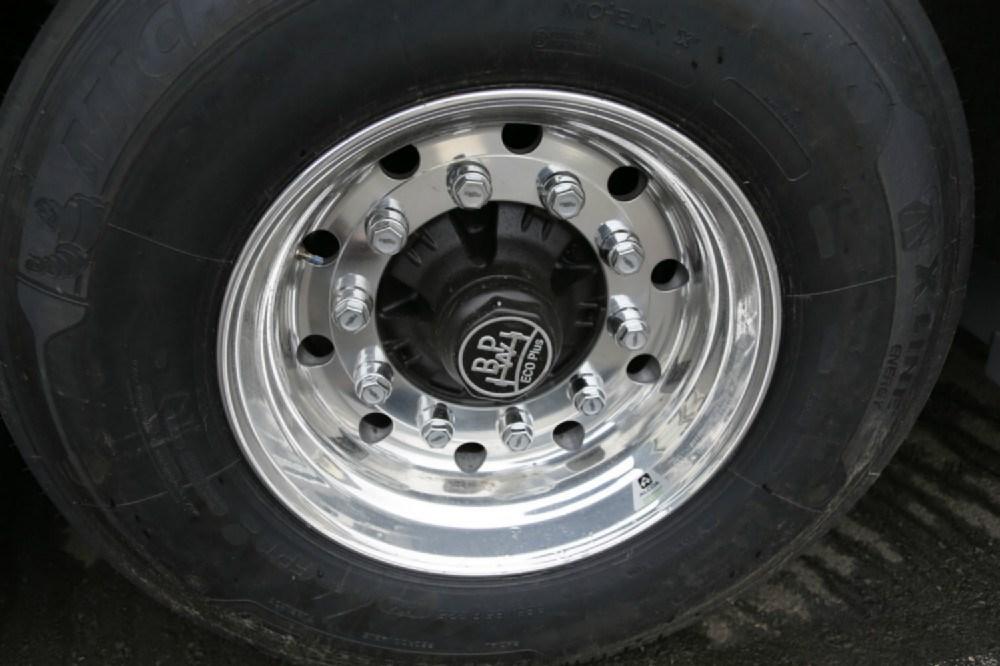 Llantas de aluminio - Pulir llantas de aluminio a espejo ...